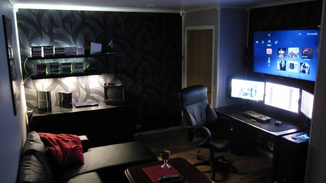 Boys Gaming Room Wallpaper