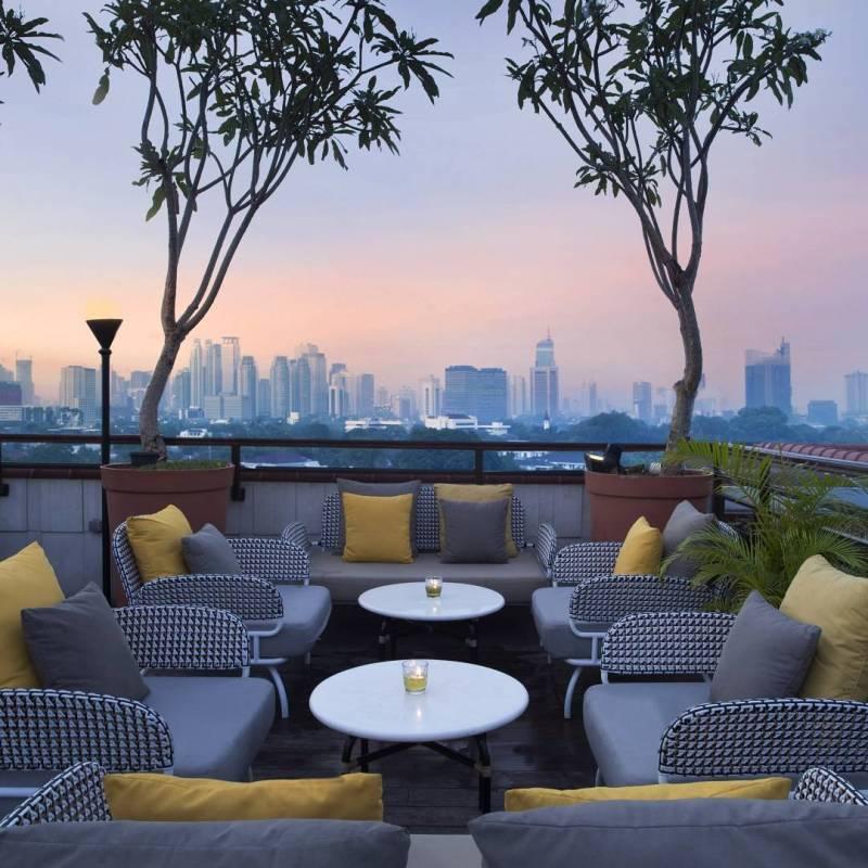 Lavue, Jl. Cilacap No. 1, Menteng Jakarta via @hotelquickly