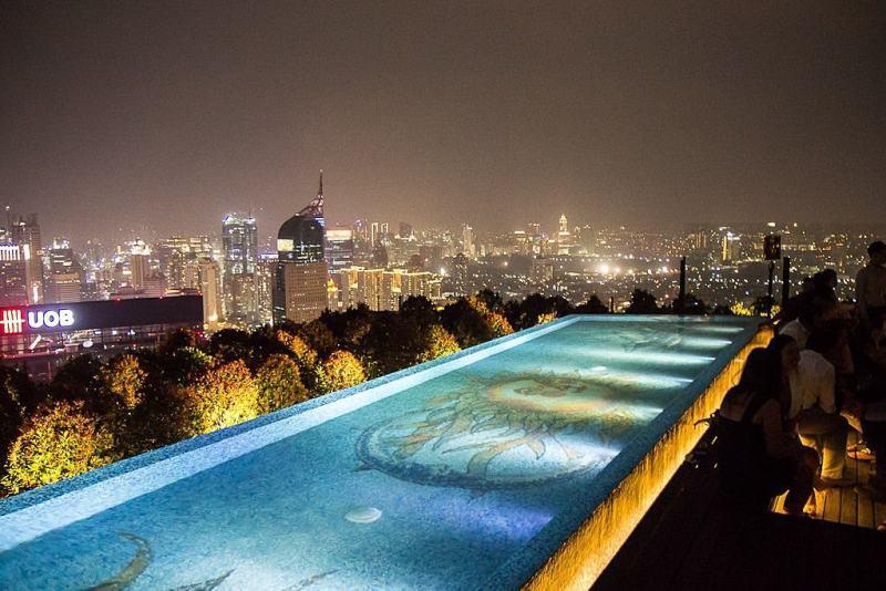 Skye, 56th Floor, MH Thamrin Street, Jakarta via @ozandaulay