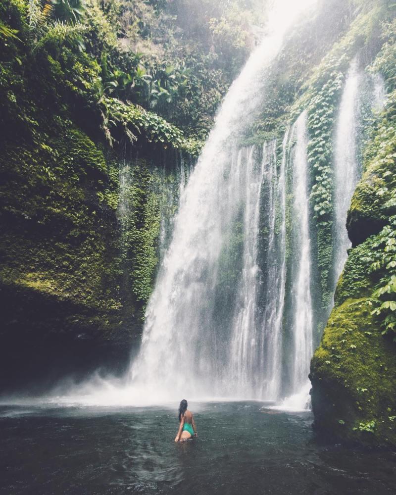 Tiu Kelep, one of hidden waterfal in Lombok by @samdowal