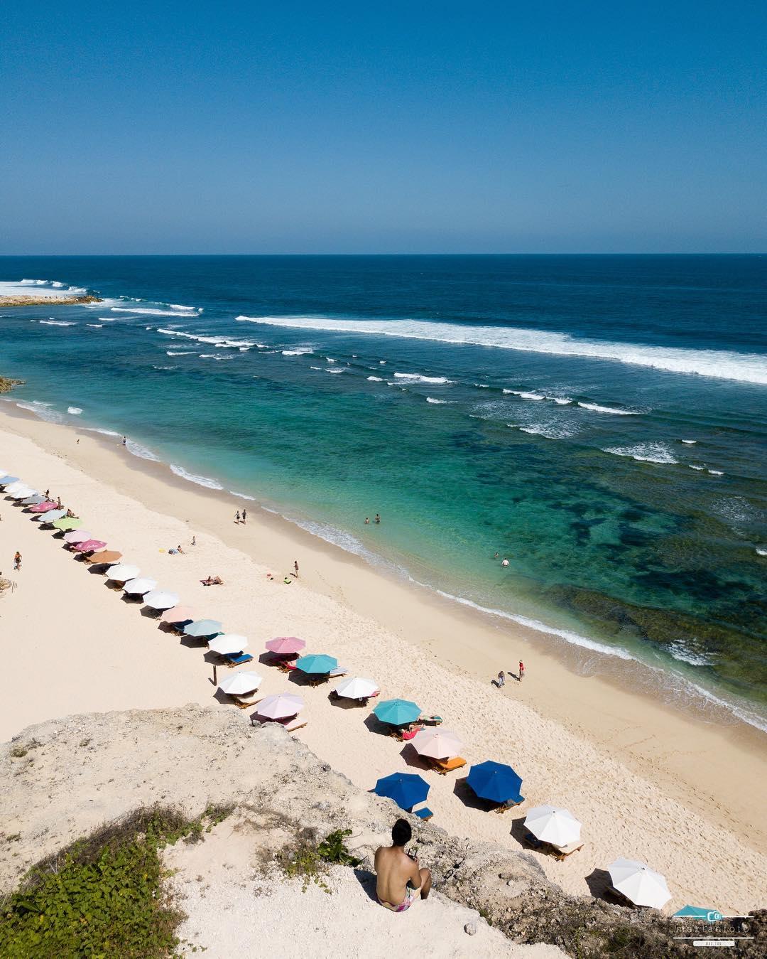 Hotel Near Melasti Bali Beach! via @maxtanwk