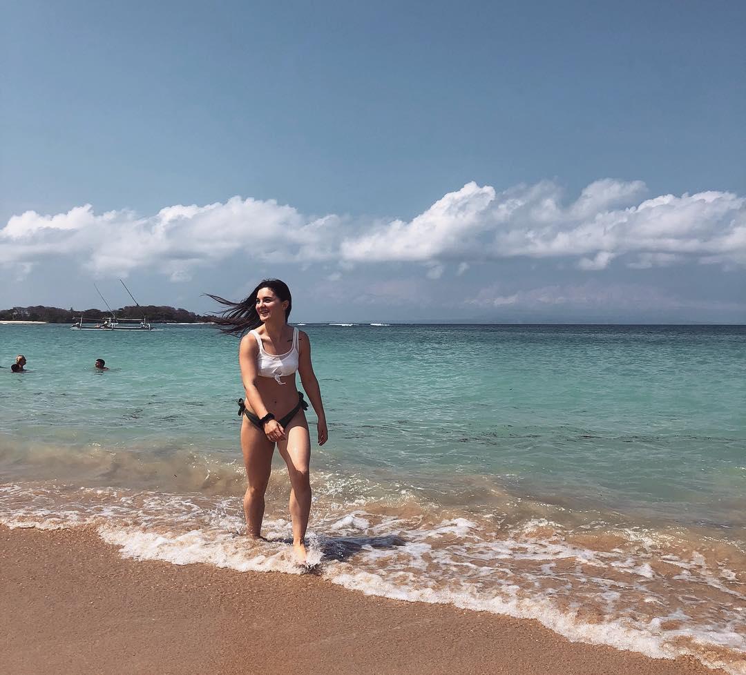 Mengiat BeachNear Nusa Dua Beach Bali! via @elhesan