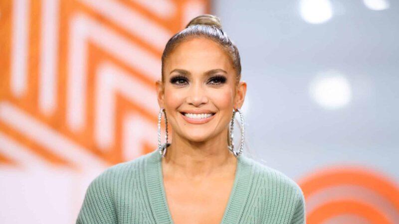 Short biography of Jennifer Lopez