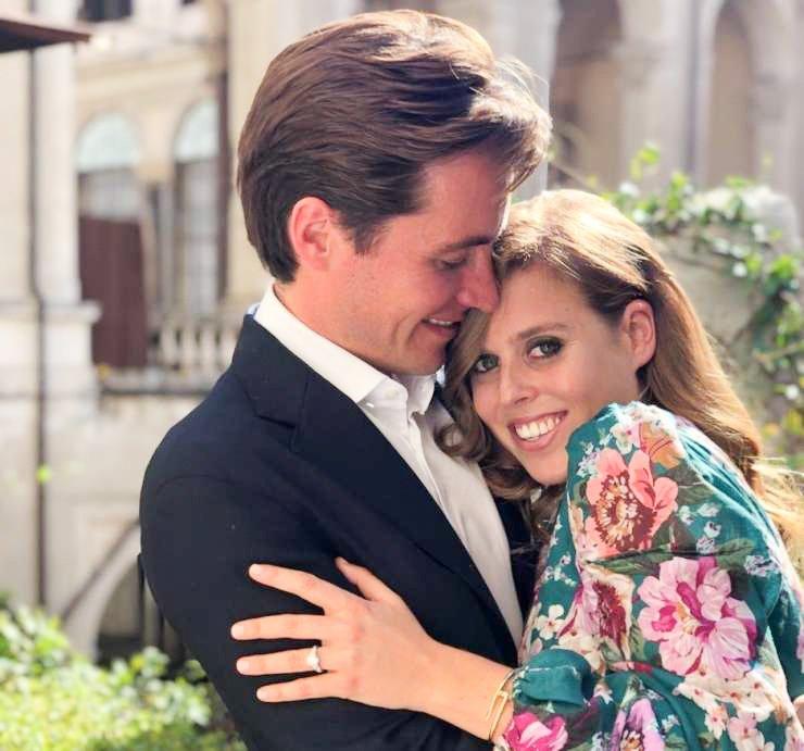 Včeraj so v Londonu ujeli visoko nosečo princeso Beatrice, ki to jesen pričakuje rojstvo svojega prvega otroka. Edoardo Mapelli Mozzini ima sicer iz prejšnjega zakona že sina.
