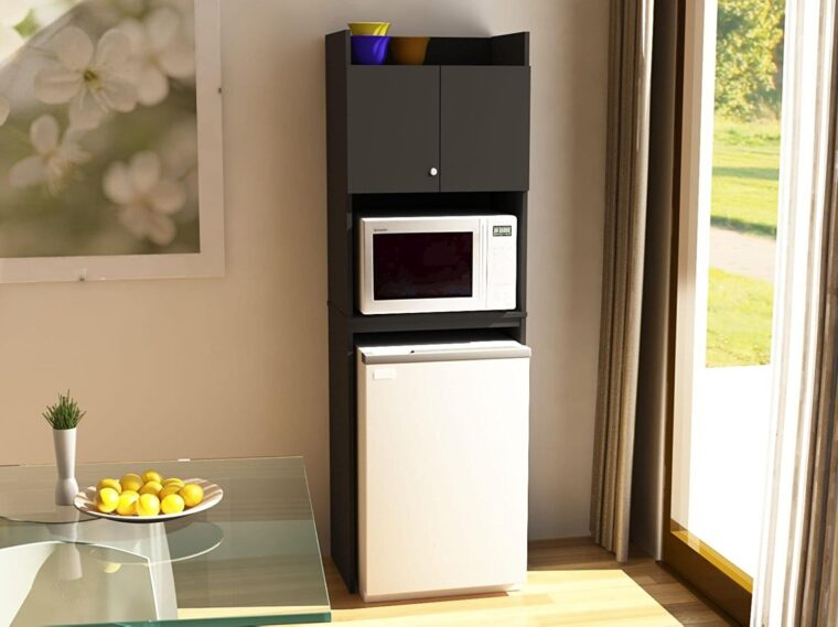 you put a microwave on top of a fridge