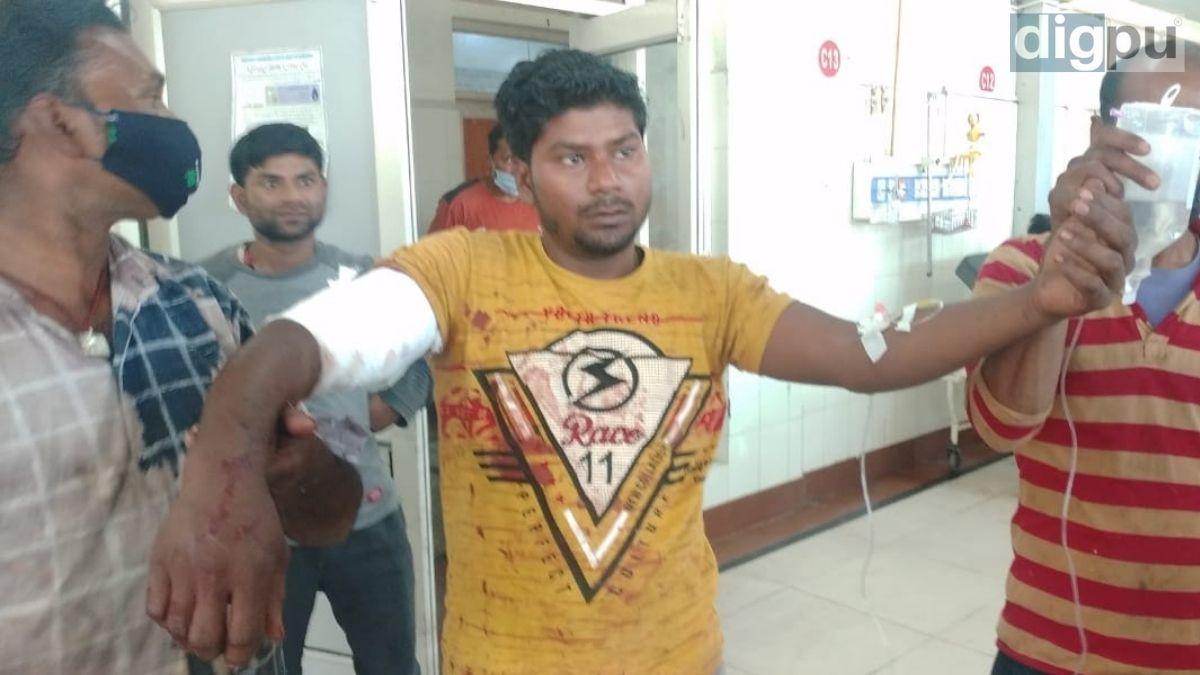 Four civilians injured in grenade attack in J-K's Pulwama