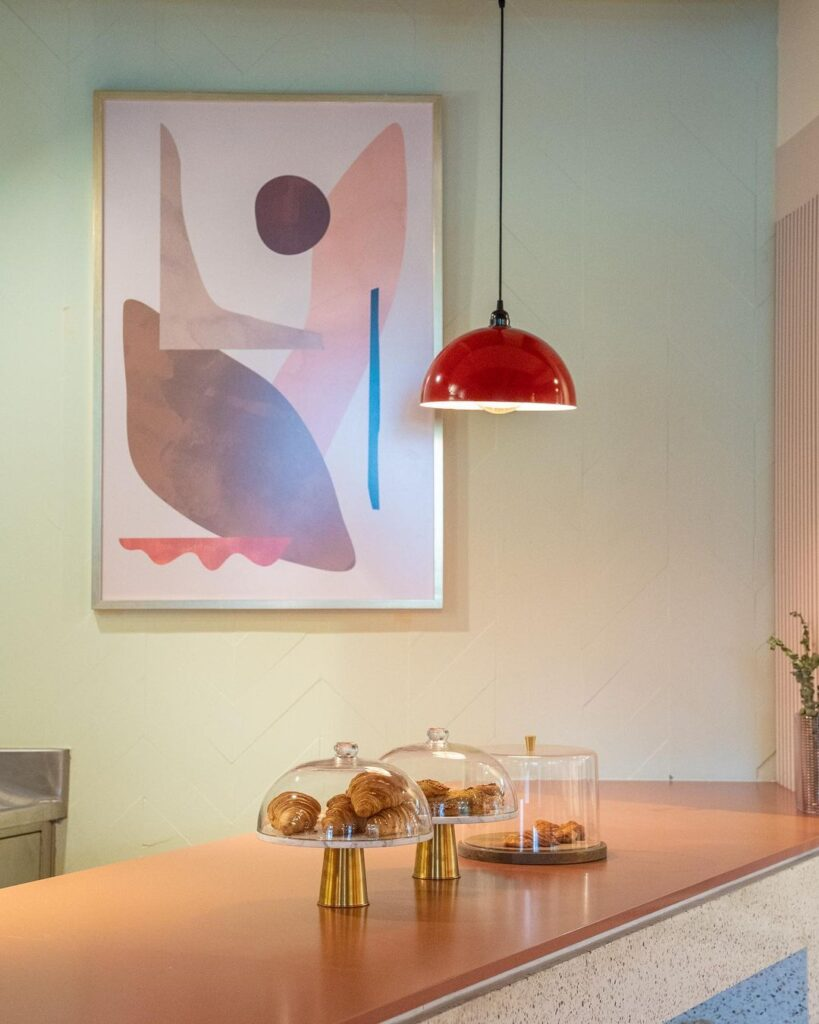 Visually appealing light fixtures and artwork
