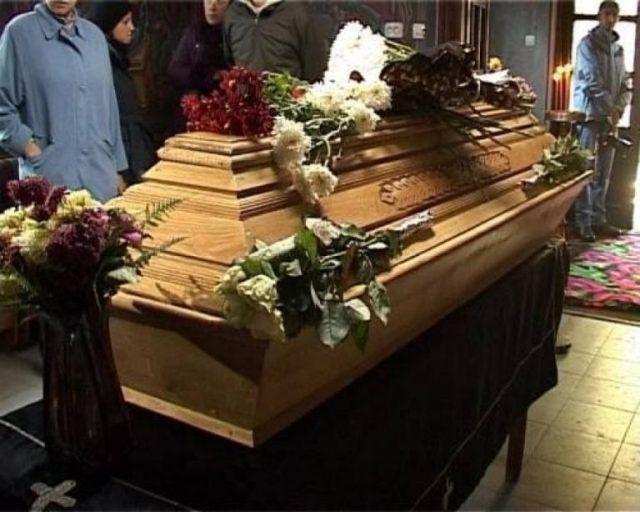CE TRAGEDIE! A murit in urma cu putin timp! Medicii nu au mai avut ce sa ii faca! Toata Romania, in DOLIU