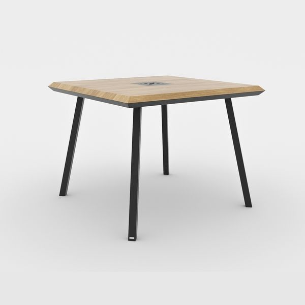 table carree scandinave