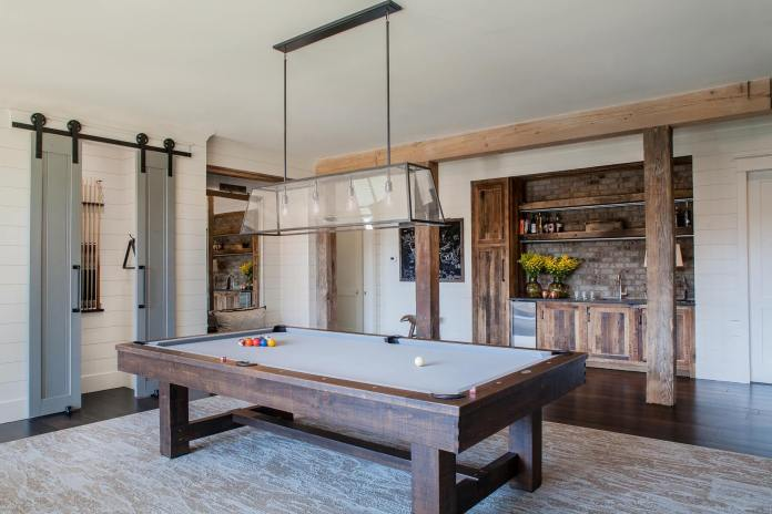 Billiard bonus room