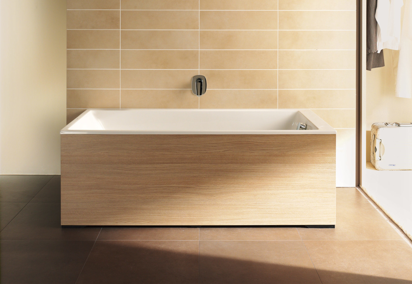 Onto Bath Tub By Duravit STYLEPARK
