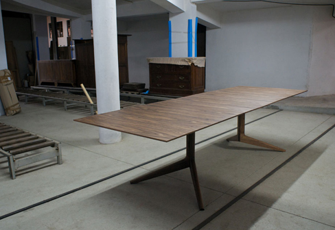 Light table by Matthew Hilton | STYLEPARK