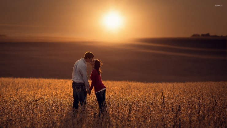 Couple kissing at sunset wallpaper - Photography wallpapers - #45080