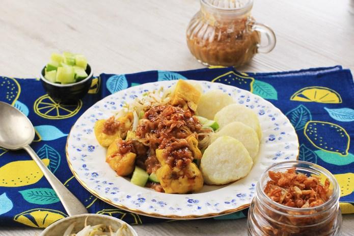 Ketoprak Traditional Salad From Jakarta Indonesia