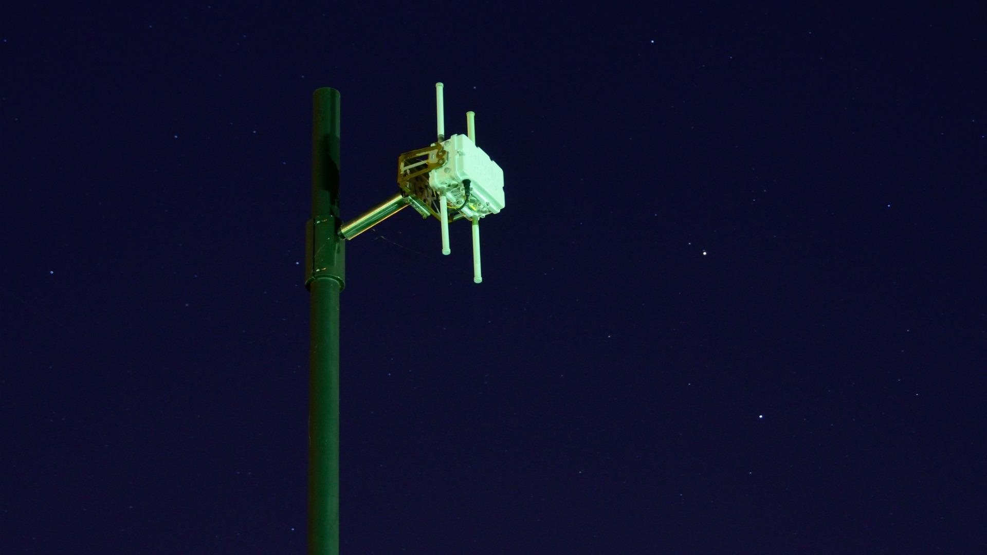 wifi-pole