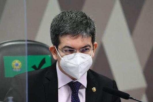 """Randolfe Rodrigues fez """"lobby"""" para aprovação da vacina Covaxin; VEJA VÍDEO"""