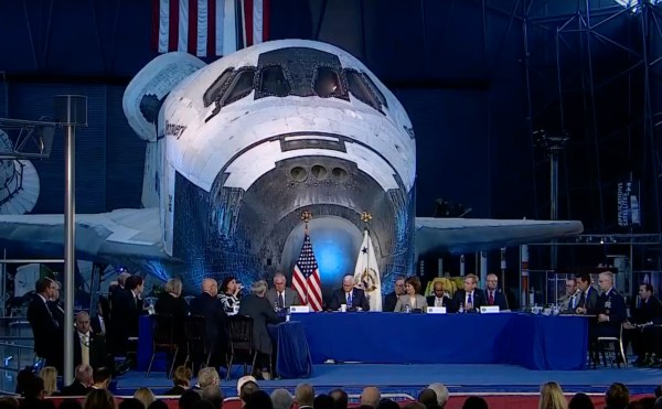 SpaceX urges White House to foster public-private ...