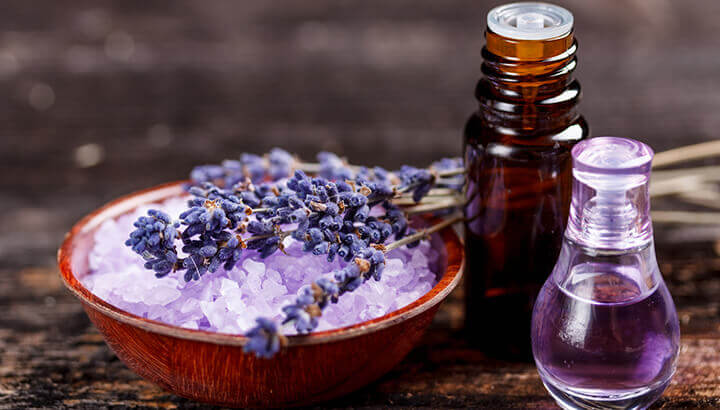 A detox bath with lavender and tea tree oil has antibacterial properties.