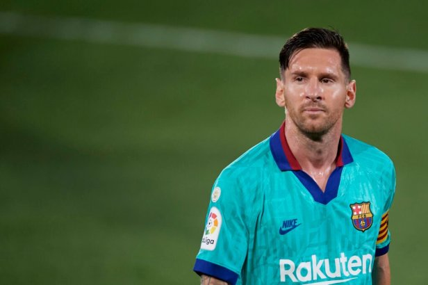 How much power does Messi really hold at Barcelona? – The Athletic