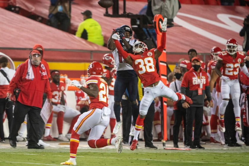 Even before interception, rookie CB L'Jarius Sneed impressed Chiefs in his  debut – The Athletic
