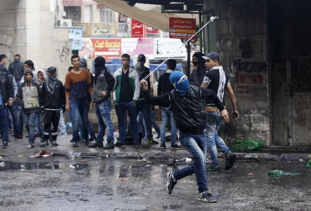 image credit: Mussa Qawasma / Reuters