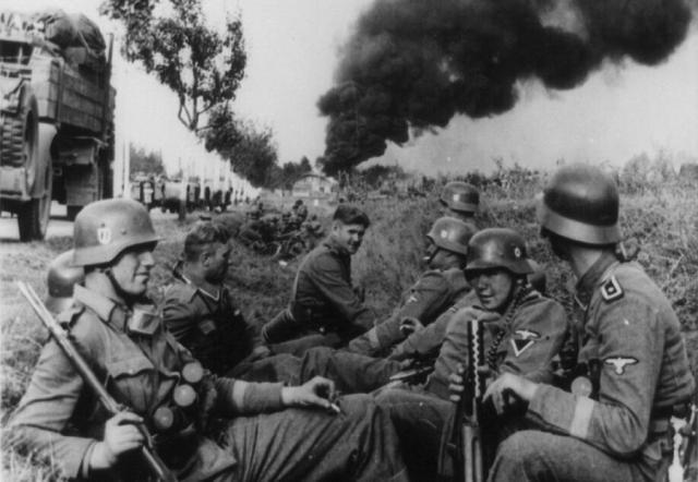 adolf hitler 2nd world war