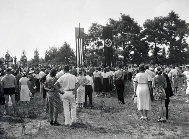 1937, Nowy Jork. Zlot amerykańskich nazistów.