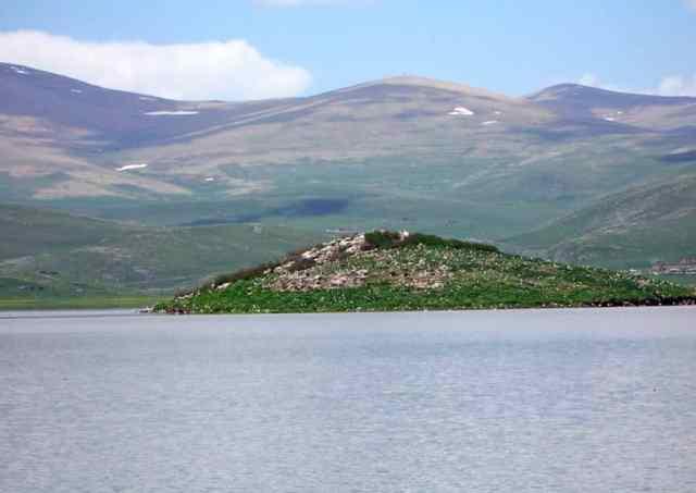 Lake Arpi
