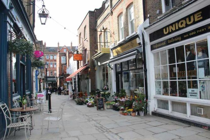 The Top 10 Things To See And Do In Hampstead London