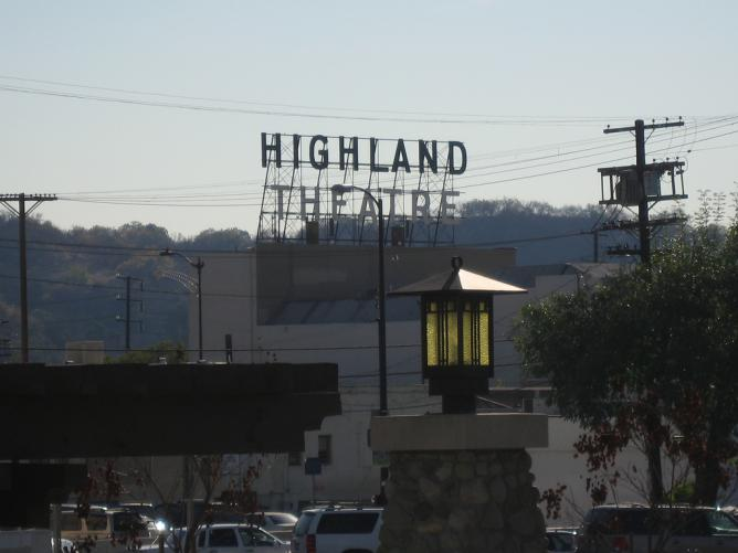 The Top Bars To Visit In Highland Park Los Angeles