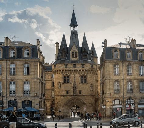 Port Cailhau Bordeaux |© Images davidtothill/Flickr