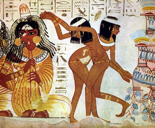 Ancient Egyptians at a party | Public Domain via WikimediaCommons