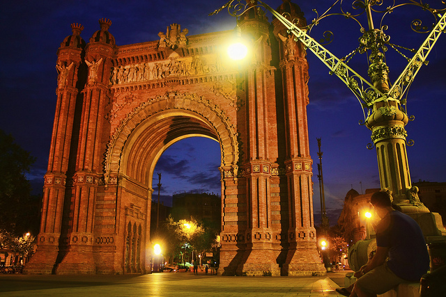 10 Historical Monuments In Barcelona