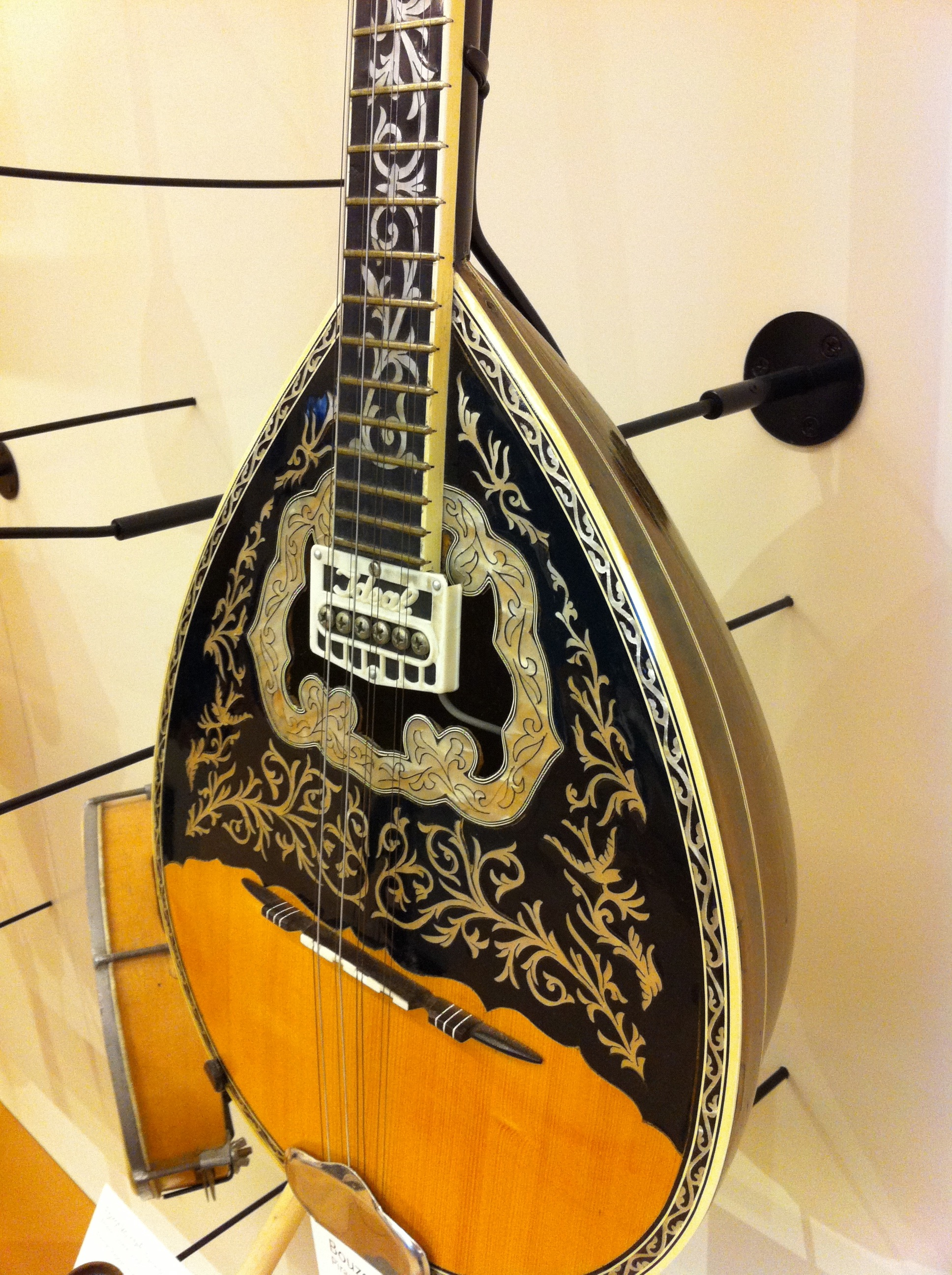 An Introduction To The Bouzouki Greeces National Instrument