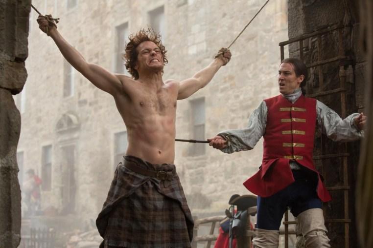 Jamie Fraser and Jack Randall in Outlander | © Amazon/STARZ