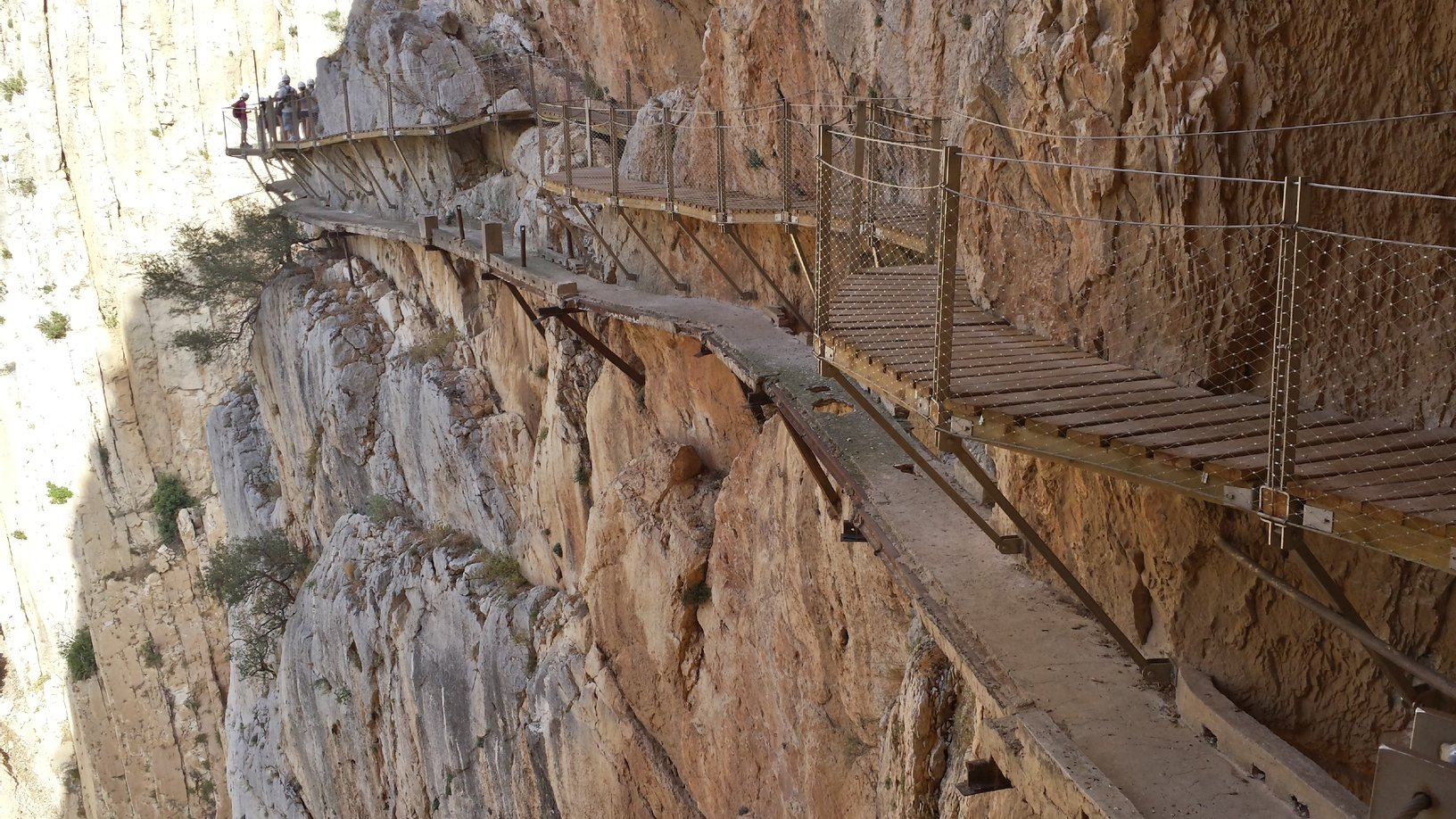 El Caminito Del Rey How To Survive The Worlds Deadliest