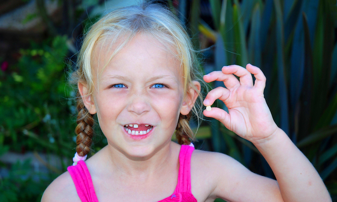 D*ckhead tooth fairy forgot kid's tooth