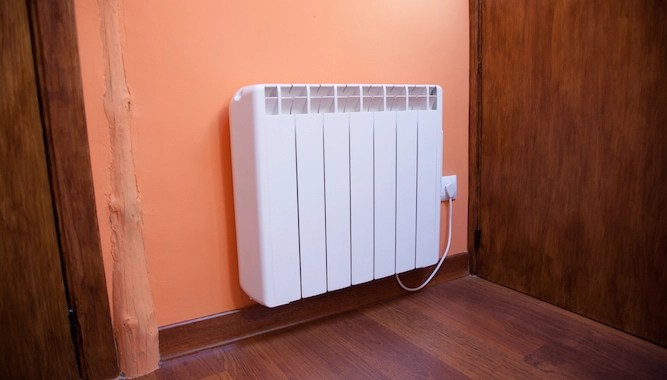 Homes with storage heaters begin annual battle with cold and logic