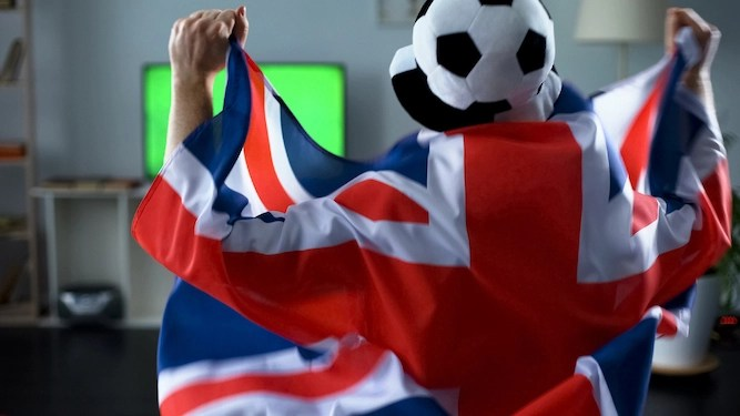 'Hooray, sport is back soon!' say the worst kind of people