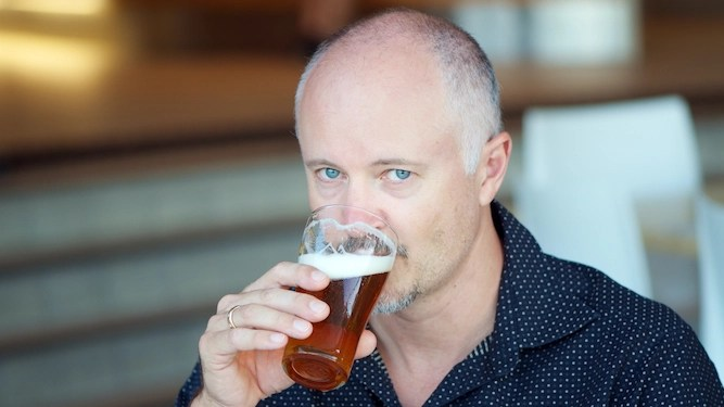 Man finds going to pub too pleasant now