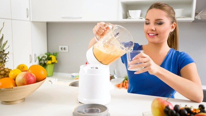 Woman on juice diet blends entire Brie