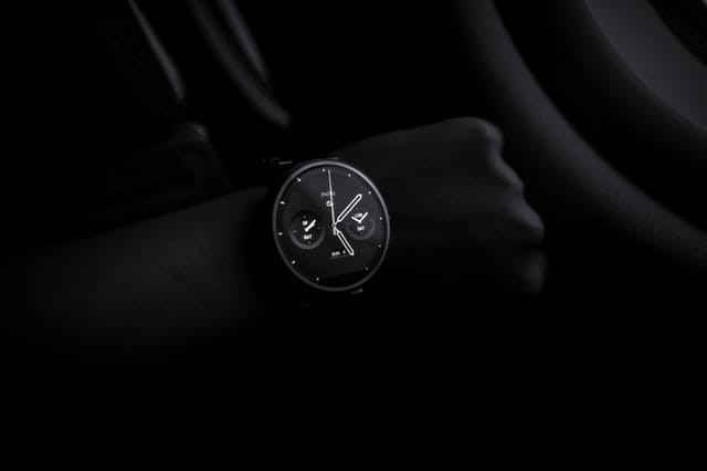 Checking the time at night can increase stress level due to inability to sleep (Pexels)