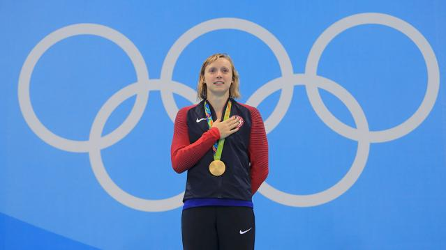 Swimming - Women's 800m Freestyle Victory Ceremony