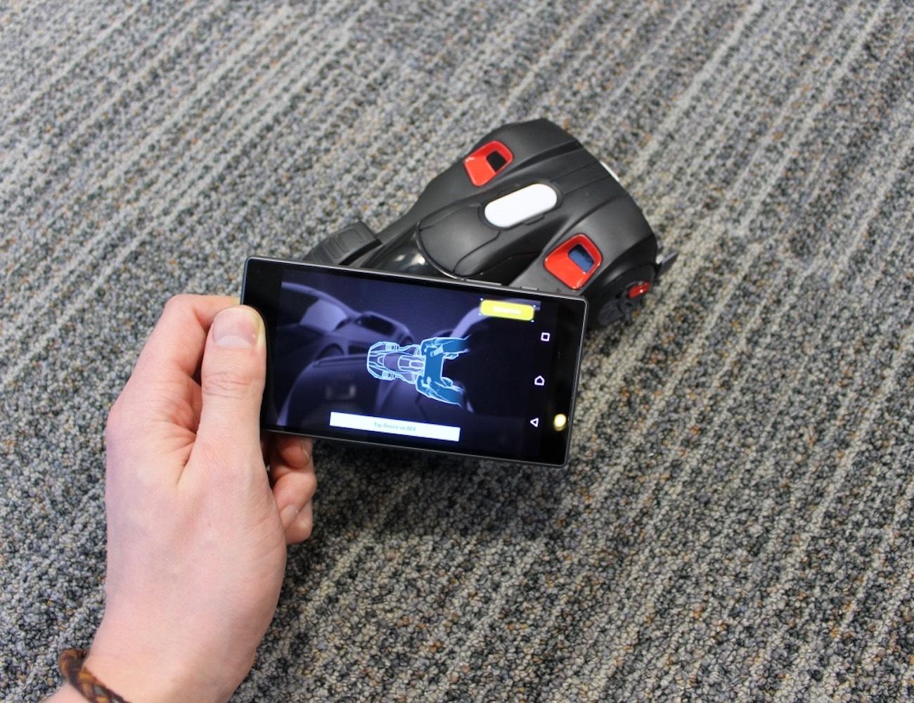 REV App Enabled Battle Cars 02
