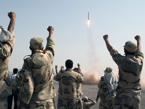 """July 2012: Iran Tests """"The Great Prophet 7"""" Capable of Hitting Israel"""