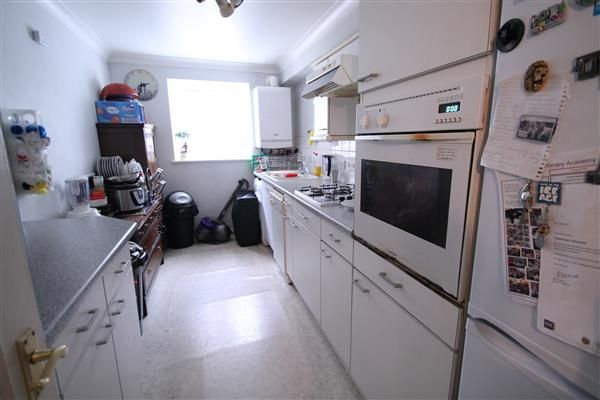 2 Bedroom Apartment For French