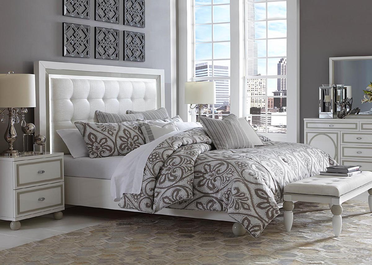 Our bed sets include a bed, a decorative mirror, and one or more pieces of bedroom storage furniture, all for one conveniently low price. Bedroom Furniture Sets King Size The Roomplace