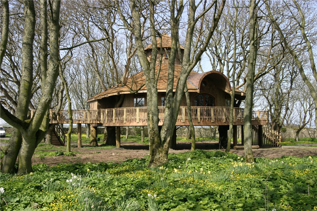 Scottish Castle With Europe S Largest Tree House Hits The Market For 3 9m