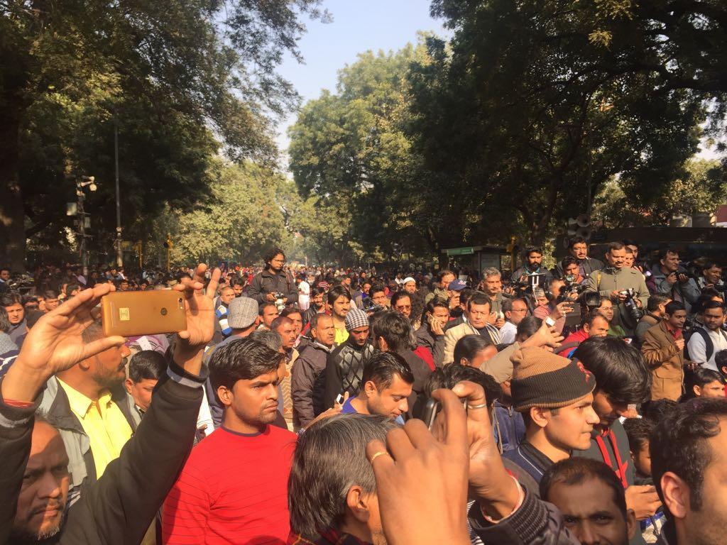 People gathered for the Yuva Hunkar rally. Credit: Twitter/Jignesh Mevani