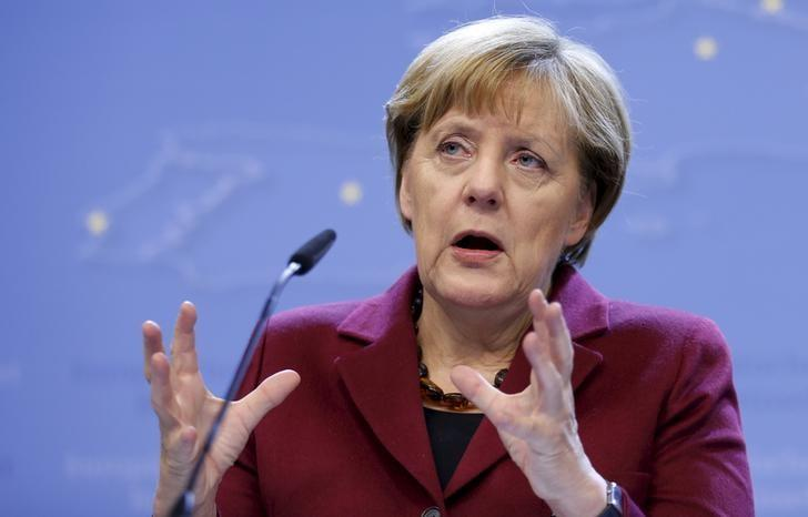 Merkel Tries to Allay Conservative Fear of 'SPD Agenda' in New Coalition